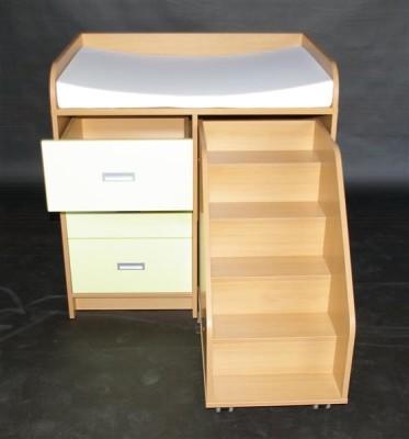 wickelkommoden mit treppe wickeltisch f r kindergarten hort und krippe wickelkomode. Black Bedroom Furniture Sets. Home Design Ideas